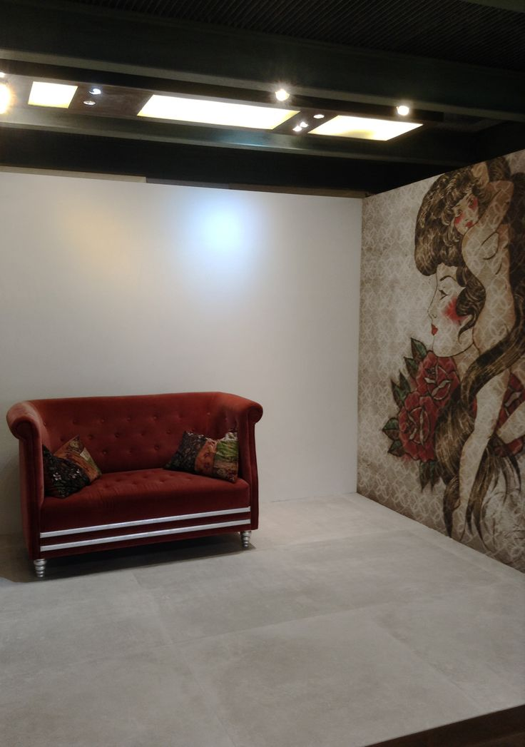 """Showroom in Luxembourg with ourPANAREAcollection.    Panarea White 100x100 cm. (40""""X40"""") Rett."""