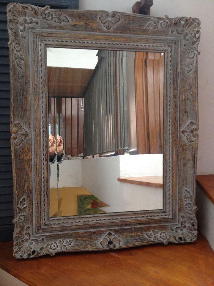Espejo de madera reformado by BERKANA