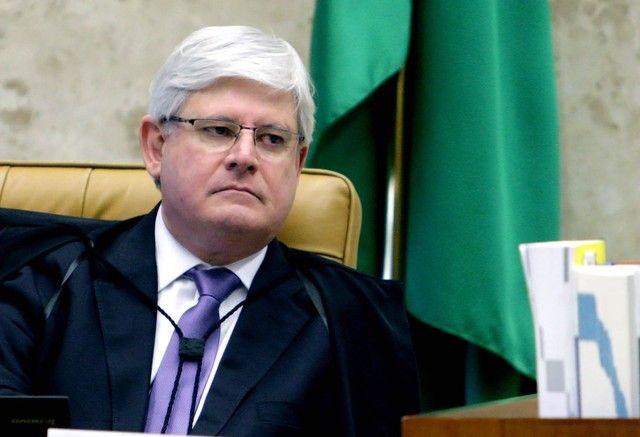 Águas de Pontal: Janot diz em carta que democracia brasileira está ...