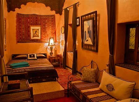 astounding moroccan themed bedroom | Another example of a beautiful Moroccan bedroom. in 2019 ...