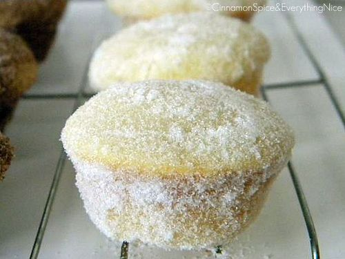 Ummm...yum. Sugar donut muffins!