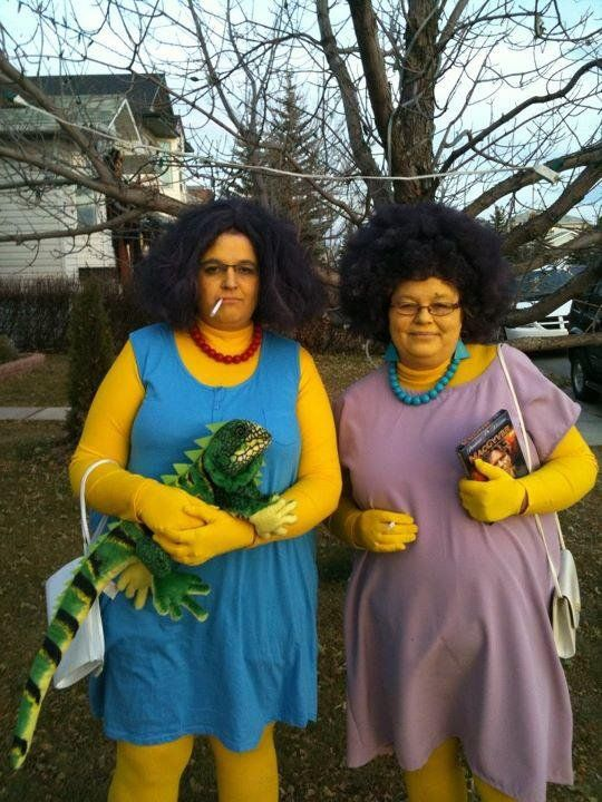 Patty and Selma. Easily one of my all-time favorite cosplays I've seen anywhere. :-): Cosplay, Sisters, Real Life, Funny Pics, Halloween Costumes Ideas, The Simpsons, Costumes 2013, Aunt, Halloween Ideas