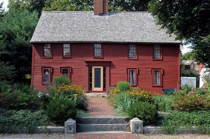 A 1690 house in Ipswich, MA, with new colonial-style garden (Photo: Jon Crispin) | Old House Journal Curb Appeal Month—31 days of inspiration & advice sponsored by www.vintagedoors.com