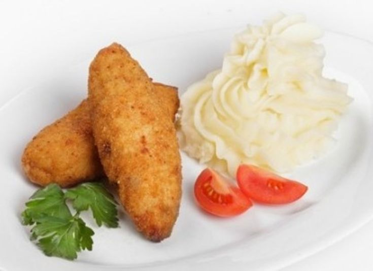 Тельное - блюдо старорусской кухни, готовилось поначалу только в монастырях. Тельное - зразы из рыбы в форме полумесяца. Называется блюдо так, потому что готовится из тела рыбы.