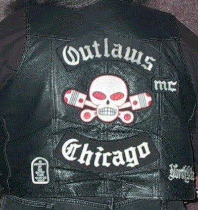 Outlaws MC   The Outlaws Motorcycle Club  (Outlaws) have more than 1,700 members who belong to 176 chapters in the U.S. and in 12 f...