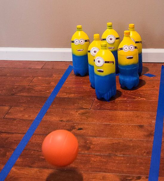 Minion bowling game...great for the school Country Fair!