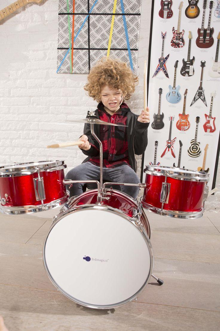 ¡Conviértete en un auténtico Rey del Rock con nuestra batería acústica! ;) #bateria #musica #niños #imaginarium