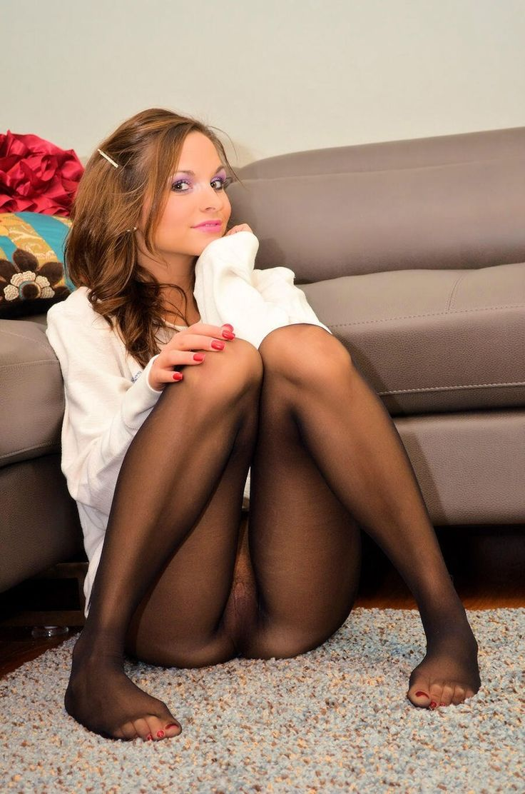 Cute pantyhose feet