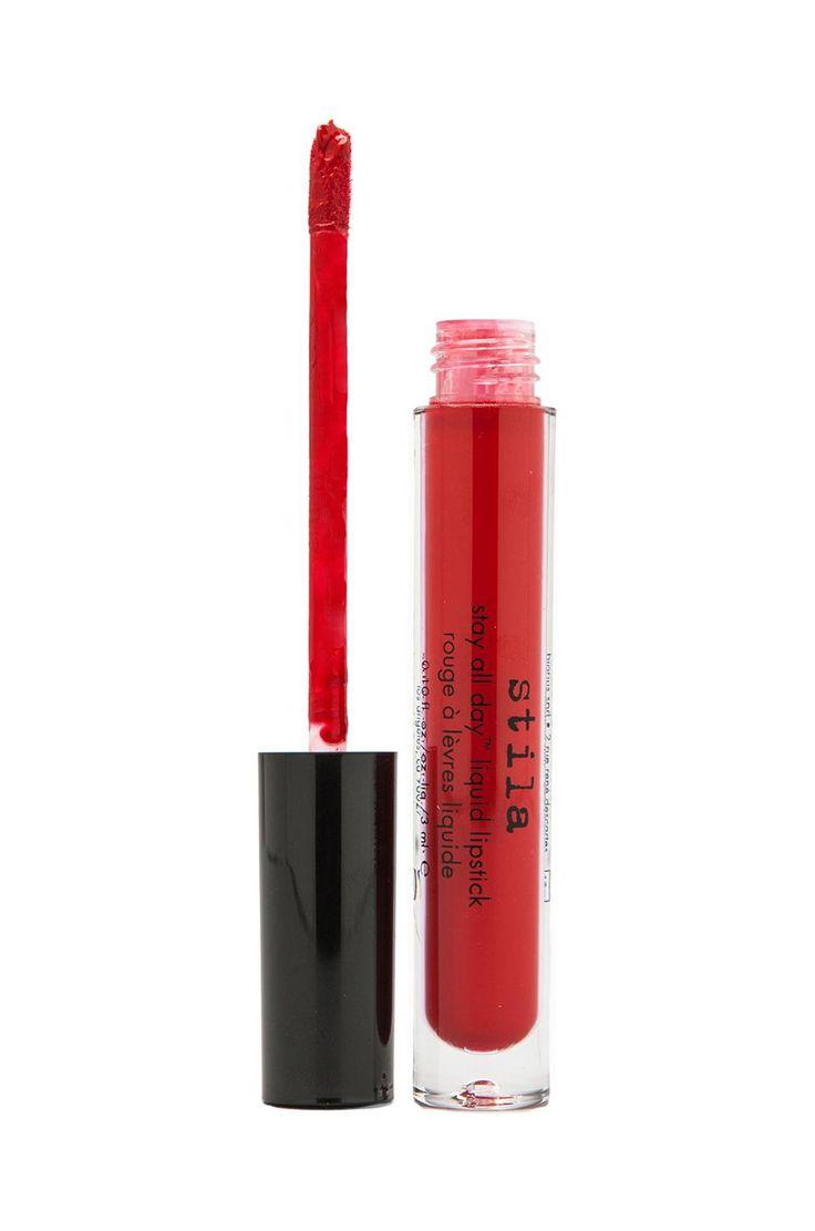 Los lipsticks de larga duración son la cosa más impresionante del mundo del maquillaje. No tienes que estar retocando pues te duran más tiempo que los labiales comunes, puedes comer y beber cuando sea o besar a quien sea sin miedo a estropearlo todo. A continuación, les paso una lista de los lipsticks que más …