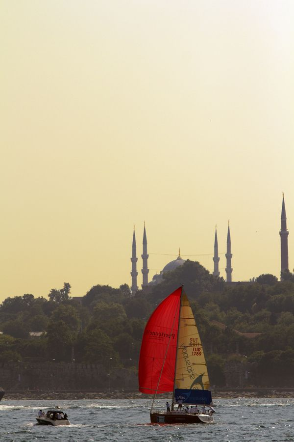 Istanbul Silhouette Sailboat