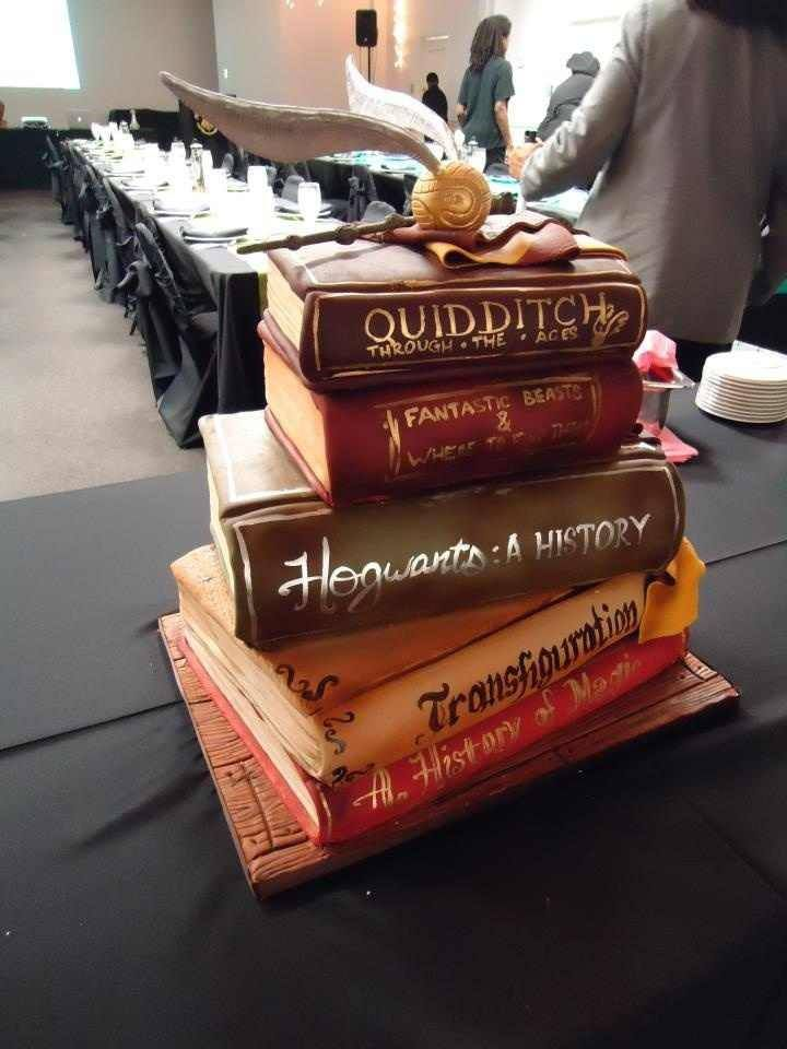 okay... the idea not the cake -- follow me here -- remember that bricks painted to look like books pin? Add that to harry potter and this could be a pile o' bricks at my house...