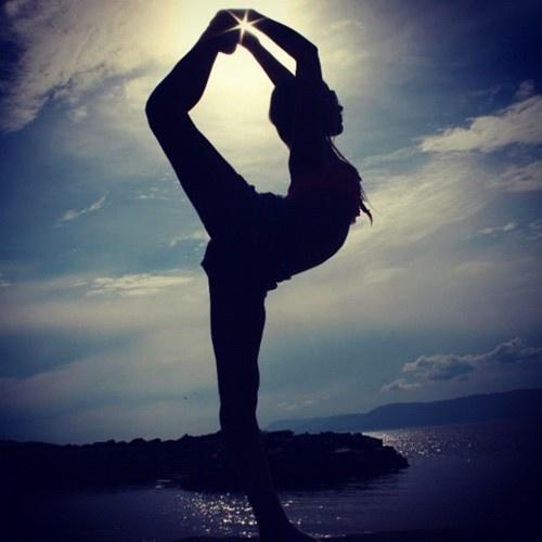 Cheerleading #scorpion #beach #sunset #cheer #cheerleader ...