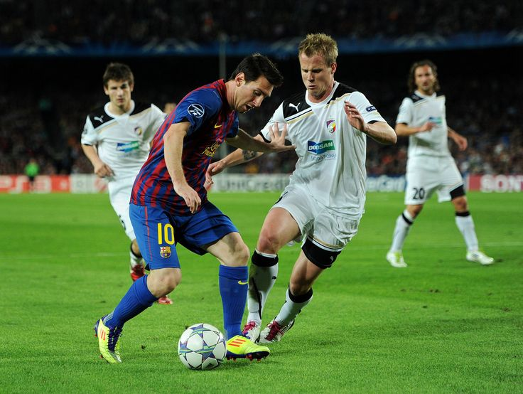 Lionel Messi Photos: FC Barcelona v FC Viktoria Plzen - UEFA Champions League
