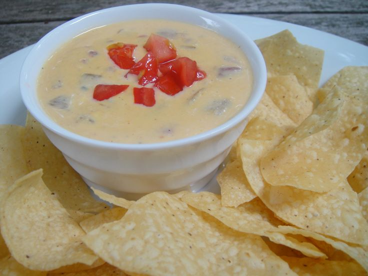 Carlos O'Kelly's Chile Con Queso Dip, I miss this!