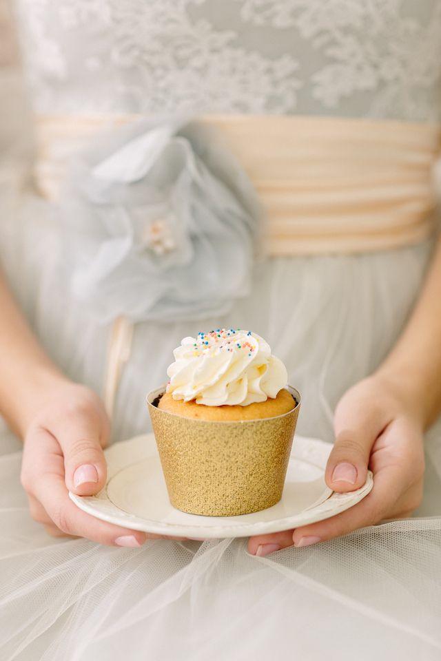Gold glitter cupcake wrapper