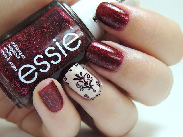 Essie Leading Lady nail stamping @Marine Buisson Buisson Buisson Buisson Love Polish
