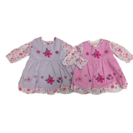 Gorgeous and delicate little 2 piece cord flower dress. These dainty little dresses are extremely cute and make baby look like something straight out of a dolls house. Available in lilac or pink with flower design pattern and frilled edges Ages 0-3 months, 3-6 months or 6-9 months.