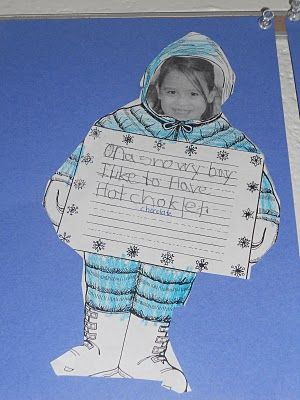 A snowy way to display a student's snow day writing courtesy of the-sharpenedpencil.blogspot.com