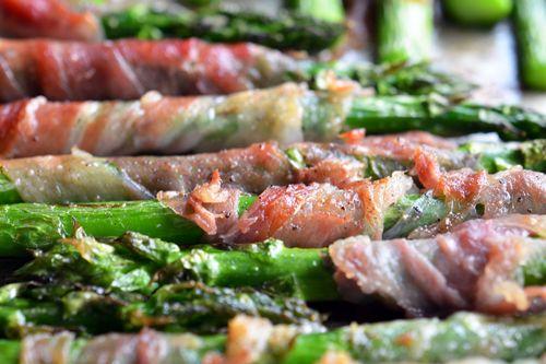 Broiled Prosciutto-Wrapped Asparagus Spears | Award-Winning Paleo Recipes | Nom Nom Paleo