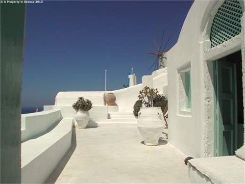 Santorini: Cyclades Islands: The Rest Of Greece (ref. 5814693)  -  #Villa for Sale in Santorini, Kikladhes, Greece - #Santorini, #Kikladhes, #Greece. More Properties on www.mondinion.com.