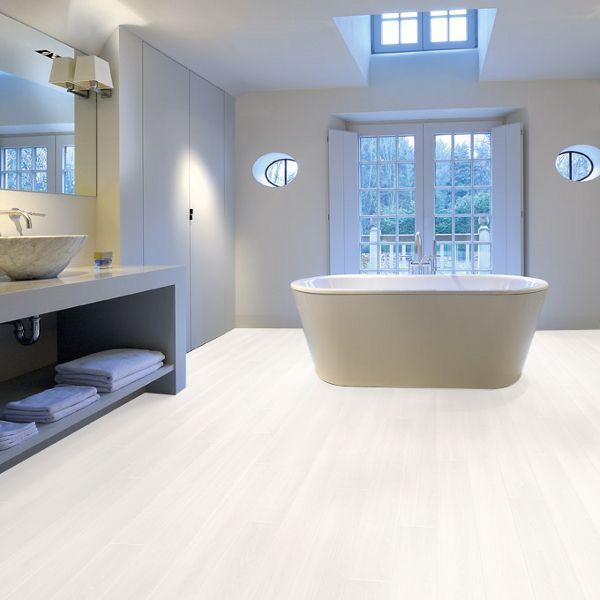 Best 20 waterproof laminate flooring ideas on pinterest for Bathrooms b q installation