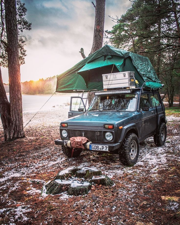 """Philipp on Instagram: """"Here the Sunrise one  #lada #niva #offroad #4×4 #roofto…"""