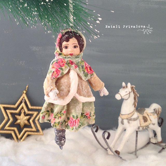 Дашенька на коньках. Ватная девочка. #игрушкиизваты #ватнаяигрушка #новыйгод #подарок