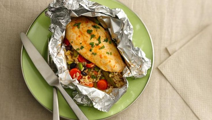 Honey sriracha chicken foil packet using green giant for Chicken and vegetables in foil packets recipe