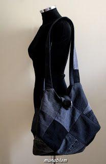 Sonny 04: Borsa ricavata da jeans nero di recupero in patchwork a quadri. Fodera interna in tela rada e a righe verticali con tasca a toppa in denim. Chiusura tramite bottone e cappio.