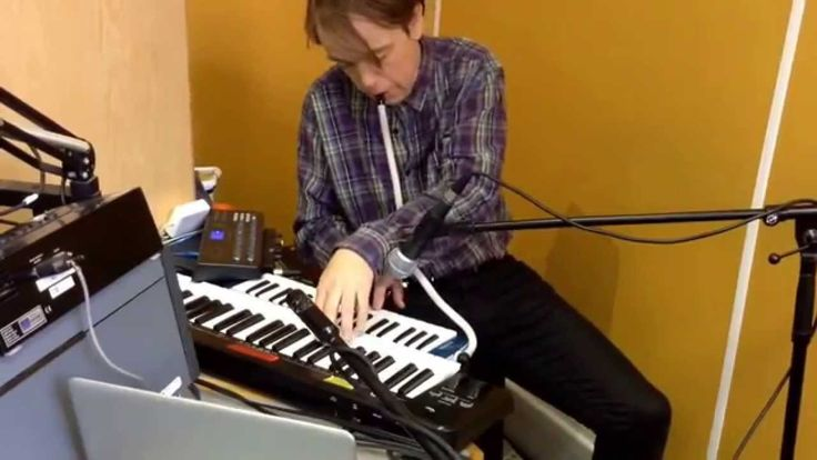 Ed Dowie on the Hello GoodBye Show, Resonance FM, 06/04/2014