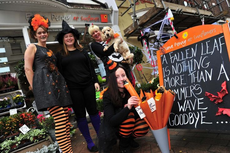 Freaky Friday in Weymouth town centre on 30th October 2015.   Fiona Penny at Sunflowers.  Picture: Graham Hunt.