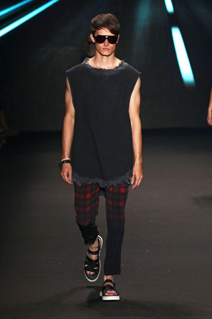 Osklen's fashion show @ SPFW.