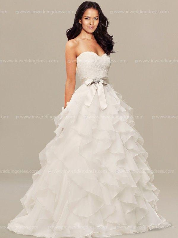 1000+ ideas about Unusual Wedding Dresses on Pinterest ...