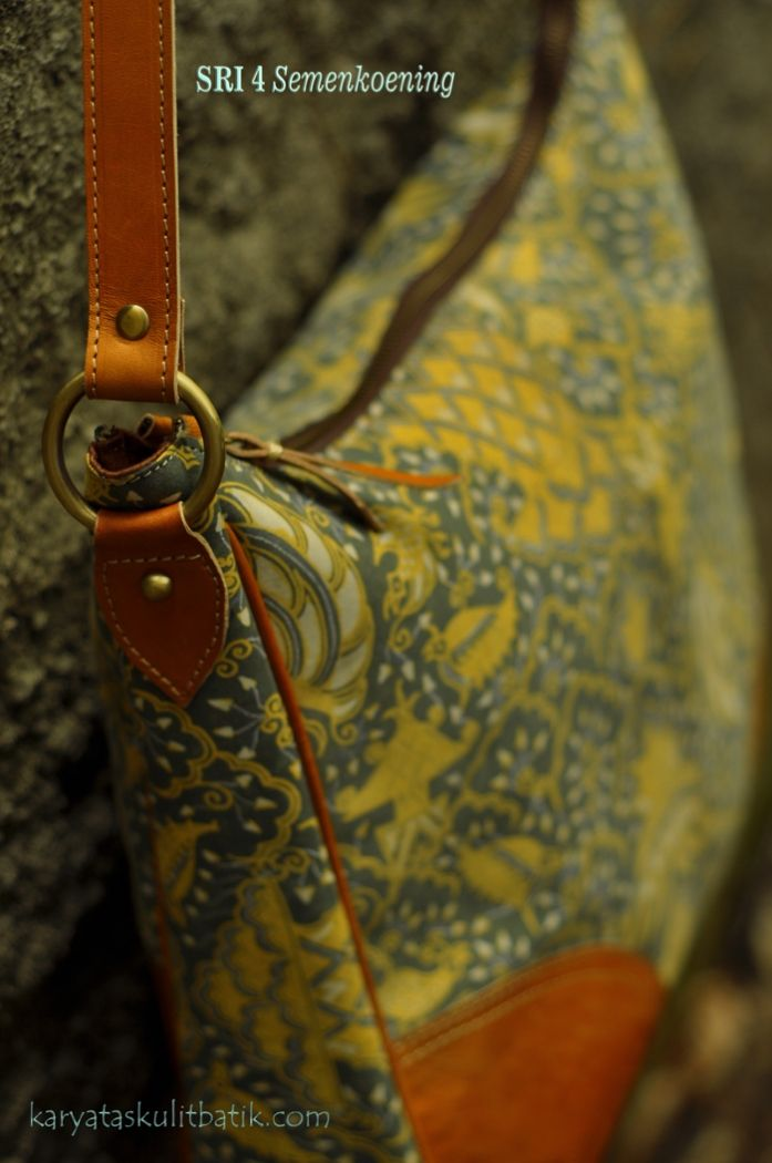 Tas Kulit Batik SRI 4 (Sling bag ) L  Semen Koneng