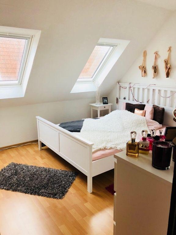 Schones Zimmer In Madels Wg Zimmer Mobliert Oldenburg Kreyenbruck Zimmer Wg Zimmer Zimmer Einrichten