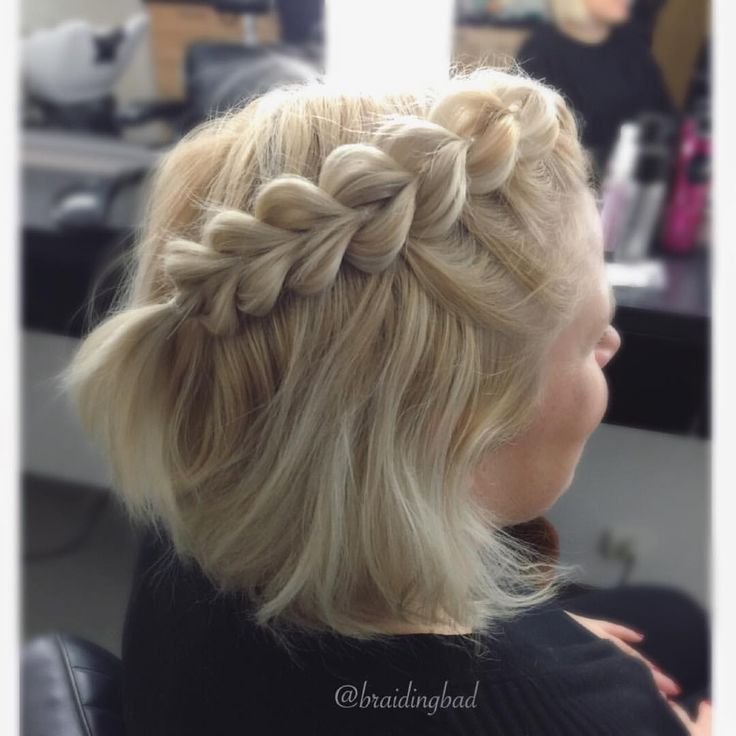 #pullthroughbraid in a bob  . . . #läpivetoletti #braidideas #instabraids #lettikampaus #trenzas #hairdo #peinados #plaitedhair #cailap…