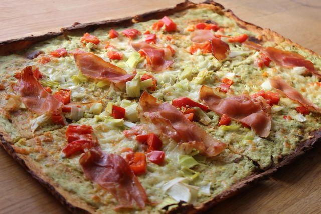 Lavkarbo oppskrift: Hvit blomkålpizza