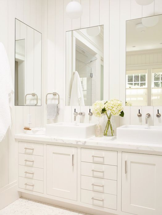 Gallery Website classic white bathroom