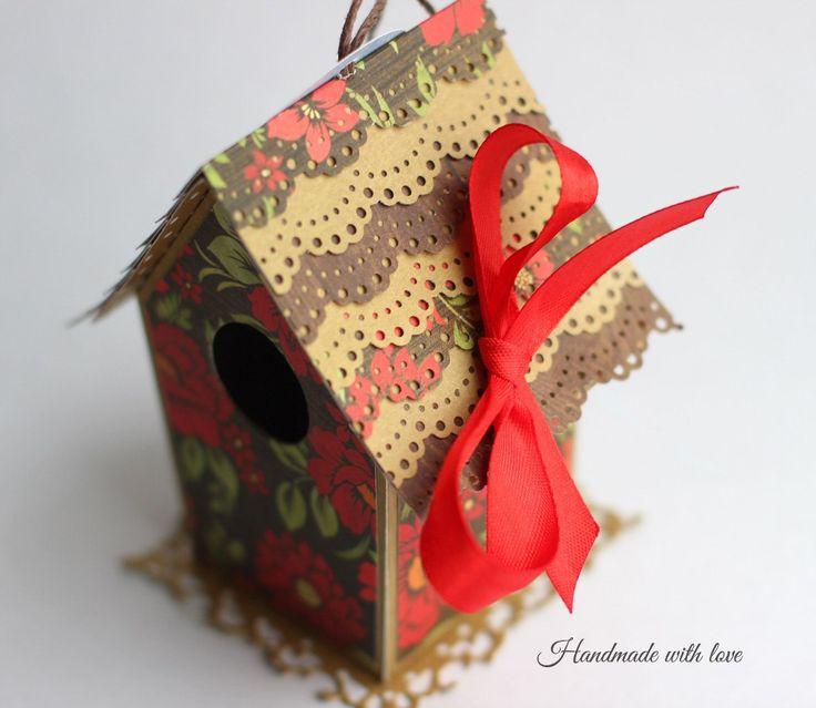 Скворечник на елку (подходит для денежного подарка или сладостей)