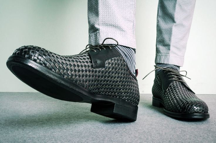 #rionefontana #fashion #moda #uomo #scarpe #shoes #smithsamerican #cuoio #pe2016 #ss2016 #spring #summer #mercoledì #rocknroll