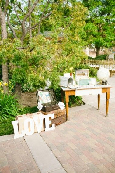 Gift & cards table | Blush & Vintage Travel Themed Wedding | Melissa Biador Photography