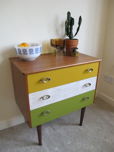 Vintage 60's 70's Retro Mod Chest Of Drawers - Metal Oval Handles - Will Deliver