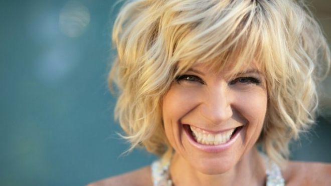 Debby Boone Curly Inverted Bob And Curly Bob On Pinterest