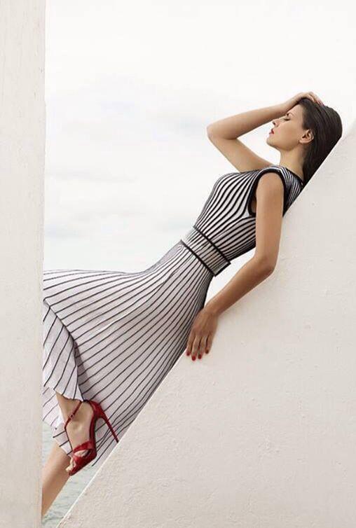 Black and White, amazing Dress