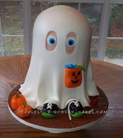 Little Johnny the Friendly Ghost Cake