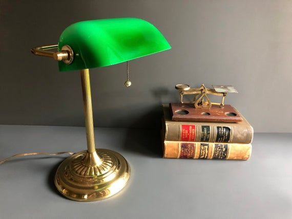 Vintage Mid Century Green Glass Brass Banker S Lamp Desk Lamp W Adjustable Shade Classic Bank In 2020 Bankers Lamp Green Glass Lamp