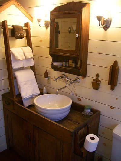 1000 Ideas About Small Rustic Bathrooms On Pinterest