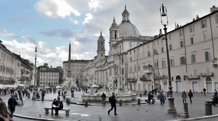 Italian baroque architecture piazza navona rome begun for Italian baroque architecture