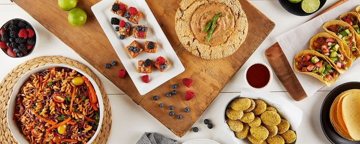 Score big this Super Bowl Sunday with healthy vegan party recipes that'll satisfy everyone in the game-day crowd (kids included).