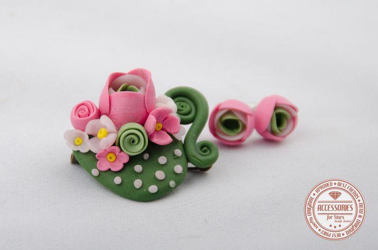 http://accessoriesforstars.blogspot.ro/2015/01/set-green-cup-of-tea.html #cupoftea #cup #tea #pink #green #flowers #ranunculus #brooches #earrings #sets #accessoriesforstars #vintage #doods #little #powderpink #vintagepink #vintagegreen